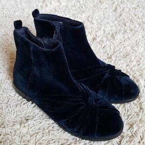 New Zara velvet girl boots